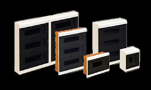 Cajas de plástico para instalaciones eléctricas modulares de embutir y de superficie.